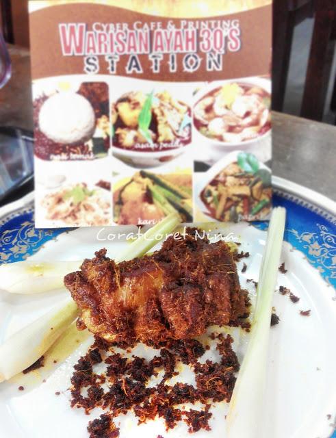 Ayam Goreng Berempah Warisan Ayah 3Q Station