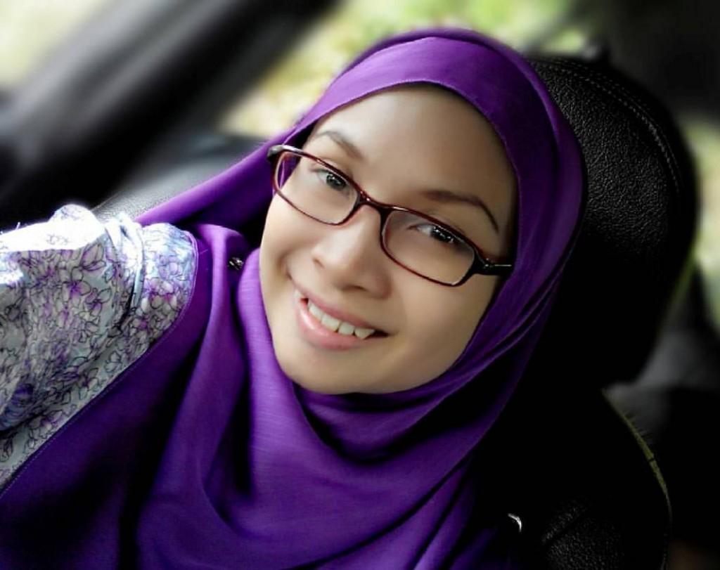 Nina Mirza Tips jaga muka dan pilih serum yang bagus EPHYRA