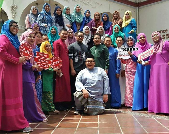 Photoshoot KBBA9 Matic Hari Raya kelab Blogger Ben Ashaari