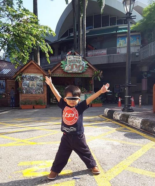 Mini Zoo KL Tower Tempat Best Cuti Sekolah
