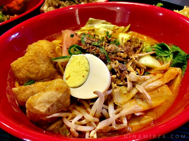 KONICHIWA CAFE BANGI Japanesse Food, Western Food