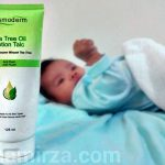 Cosmoderm Tea Tree Magic Lotion Talc merawat ruam lampin baby