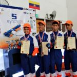 SYNCHRO9 Pemenang F1 IN SCHOOL WORLD FINALS